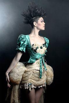 veronica de lacanal corset - Buscar con Google