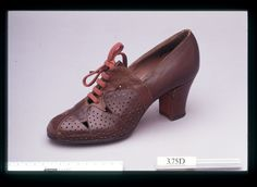 RosenthalandDoucette,Laceshoe,sample, late 1930s, London College of Fashion Shoe Collection