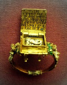 "Inside the ring is a legend and a ""memento-mori"", possibly Flemish mid 16th c."