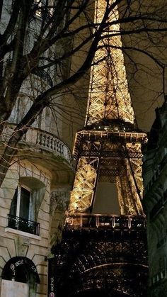 Midnight in Paris | France