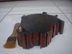 Asbak kayu Ukir #01 Tampak dari Bawah