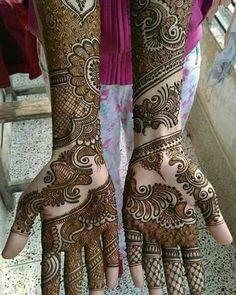 Love this bridal henna design.  #henna #hennaart #mehndi #traditional #design #desi