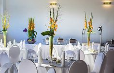Alexanders Eventwerk ist eine wunderbar moderne Eventlocation in Rheinland-Pfalz. Hier erwarten Euch kulinarische Highlights, lichtdurchflutete Räume und Kinderfreundlichkeit.   #eventsofa #OneLocationAWeek #Eventlocation #Eventvenue #RheinlandPfalz #Urmitz #Veranstaltungsraum #Tischdeko