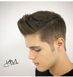 Modern Hairstyles, Undercut Hairstyles, Hair Undercut, Hair And Beard Styles, Short Hair Styles, Try Different Hairstyles, Short Fade Haircut, Sideburns, Haircuts For Men