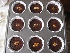 briose de post Raw Vegan, Soul Food, Diy And Crafts, Muffin, Veggies, Cupcakes, Sweets, Breakfast, Desserts