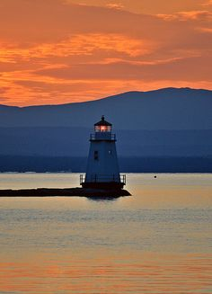 Breakwater Light In Burlington Vermont ~ Photo by...Robert Magina©   www.facebook.com/loveswish