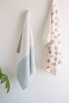 Assembly Home Making Marks Tea Towel Set - Urban Outfitters