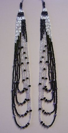 Details about Silver & Black Long Earrings Native Style Seed Bead Handmade In USA By Me - DIY-Reifen errings Seed Bead Bracelets Tutorials, Beaded Bracelets Tutorial, Beads Tutorial, Beaded Necklace Patterns, Diy Ombre, Seed Bead Necklace, Diy Earrings, Hoop Earrings, Bugle Beads