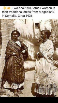 Two beautiful (Ethnic) Somali women in their traditional dress from Mogadishu in Somalia. African Nations, African Tribes, African Diaspora, African Women, We Are The World, People Of The World, African Culture, African American History, Afro