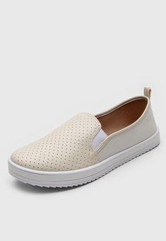 Slip On Moleca Perfuros Off-White - Marca Moleca Off White, Slip On, Sneakers, Shoes, Fashion, Tomboy, Cut Outs, Tennis, Moda