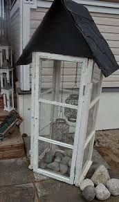 Aiheeseen liittyvä kuva Outdoor Life, Outdoor Gardens, Outdoor Living, Container Gardening, Gardening Tips, Old Window Frames, My Secret Garden, Some Ideas, Upcycled Furniture