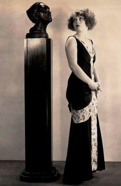 Clara Bow. 1930.