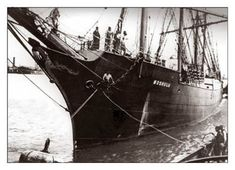 19th Century Sailing Photographs | 19th Century Sailing Ships / Moshulu Bow