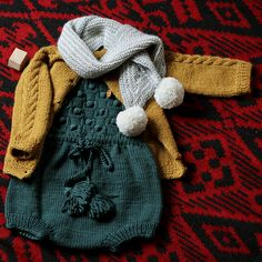 Kalinka - great inspiration for Norwegian style kids knits Knit Baby Shoes, Knit Baby Booties, Knitted Baby Clothes, Baby Hats Knitting, Kids Knitting Patterns, Knitting For Kids, Baby Girl Fashion, Kids Fashion, Minimalist Kids