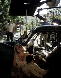 Marilyn Monroe & Montgomery Clift on the set of The Misfits (1961, dir. John Huston)