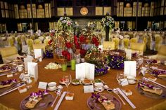 Lisianthus used in a table setting