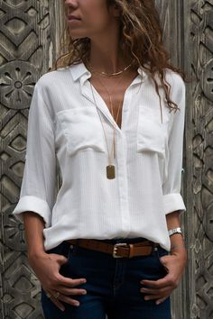 - You are in the right place about outfits plus size Here we offer you the most beautiful pictures a - White Shirt Outfits, Fall Outfits, Casual Outfits, Cute Outfits, Fashion Outfits, Womens Fashion, Casual Shirts, Modelos Fashion, Vetement Fashion