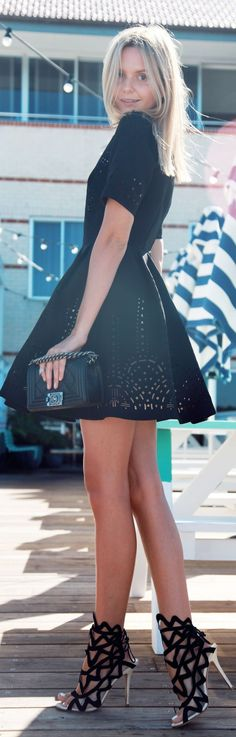 Chic In The City ~#Laser by #Tuula - Fashion Jot- Latest Trends of Fashion- #LadyLuxuryDesigns