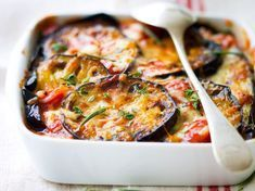 Discover the Mediterranean Gratin recipe on cuisineactuelle. Mets, Healthy Salads, Vegetable Pizza, Quiche, Mashed Potatoes, Vegetarian Recipes, Food Photography, Dinner, Breakfast