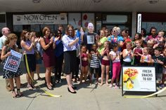 Congratulations to Edible Arrangements in Hudson Plaza in Poughkeepsie on their 10th annniversary!