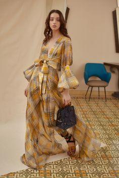 Silvia Tcherassi Resort 2019 Collection - Vogue ๏~✿✿✿~☼๏♥๏花✨✿写❁~⊱✿ღ~❥ FR Jun 22, 2018⊰ ~♥⛩☮️•❋•☸️ॐ✿ڿڰۣ(̆̃̃❤⛩✨真❁↠๏~✿✿✿~๏
