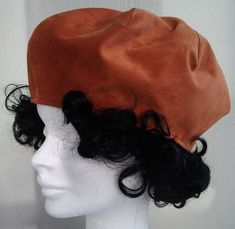 Takes from genuine orange leather made in one copy. Inside a thin lining made of synthetic fabric. Beret, Hat, Orange Leather, Grosgrain Ribbon, How To Make, Fashion, Chip Hat, Moda