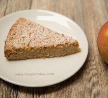 Jablkovo-jogurtový ovsený koláč