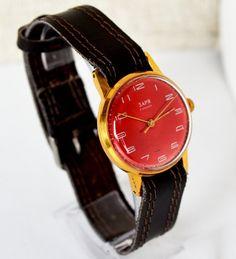 Vintage Women Watch Gold-plated 1960s USSR ZARJA, Rare Soviet Watch, Collectibles Wrist Watch