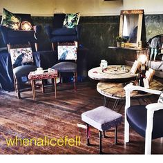 Come and see us @discoverymarkets @discoverypointcommunity #whenalicefell #retro #vintage #oneofakind #industrial