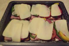 Sandwich-uri aperitiv preparate la cuptor - Rețete Merișor Honeydew, Dairy, Cheese, Fruit, Recipes, Food, Recipies, Essen, Meals