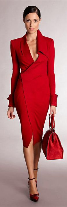 Red Dress by Donna Karan Red Fashion, Look Fashion, Womens Fashion, Fashion Trends, Fashion Clothes, Fashion Ideas, Fall Fashion, Fashion Dresses, Vintage Fashion
