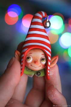 """Брошь """"Рождественский эльф"""" – купить в интернет-магазине на Ярмарке Мастеров с доставкой Polymer Clay Christmas, Cute Polymer Clay, Polymer Clay Ornaments, Polymer Clay Crafts, Handmade Polymer Clay, Paper Clay, Clay Art, Clay Fairy House, Fairy Dolls"""