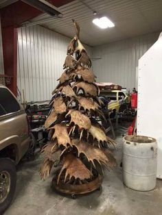 Last Trending Get all antler christmas decorations Viral shed Antler Christmas Tree, Rustic Christmas, Redneck Christmas, Primitive Christmas, Christmas Diy, Moose Antlers, Shed Antlers, Paper Decorations, Christmas Decorations
