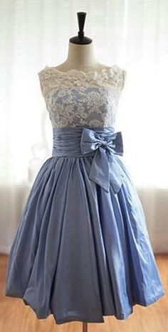 The color, the style, the lace. Everything is perfect!