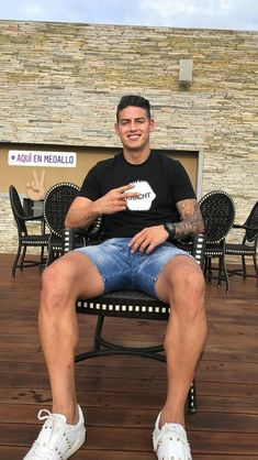 Pin by ricardo de gales on hairy Soccer Players Hot, Soccer Guys, Football Soccer, James Rodriguez Colombia, James Rodrigues, M Jack, Rugby Men, Cute White Boys, Man Stuff