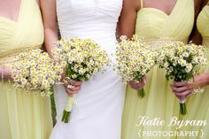 Daisies wedding bouquets  http://www.photographybykatie.co.uk