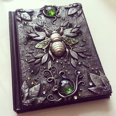 Green Beetle Journal by Mandarin Duck http://www.mandarin-duck.com/p/blog-page_18.html