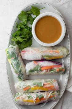 Vegetable Spring Rolls Spring Rolls Vegan, Shrimp Spring Rolls, Vegetable Spring Rolls, Summer Rolls, Vegan Appetizers, Appetizer Recipes, Rice Wrappers, Winter Outfits, Rice Paper Rolls