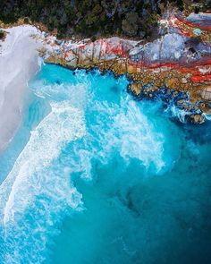 Beautiful colors of Binalong Bay, Tasmania #droneheroes // Photo by @tassiegrammer