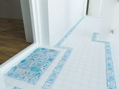 Cottovietri balkon. Tile Floor, Flooring, Texture, Crafts, Home, Balcony, Surface Finish, Manualidades, Ad Home