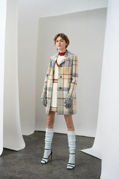 Missoni Pre-Fall 2019 Fashion Show Collection: See the complete Missoni Pre-Fall 2019 collection. Look 3 Fashion 2020, Fashion News, Runway Fashion, Love Fashion, High Fashion, Autumn Fashion, Fashion Looks, Fashion Design, Fashion Trends