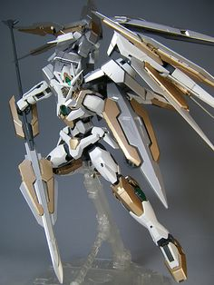 GUNDAM GUY: MG 1/100 00 Qan[T] - Customized Build