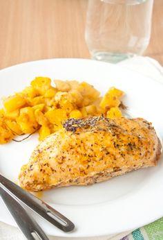 Запеченная куриная грудка с тыквенно-апельсиновым соте