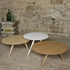 Table basse et table d'appoint - TURN, par Maigrau - Bois massif sublimé et finesse des lignes. déco et design
