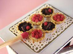 PetitPlat Handmade Miniature Food: French Pastry - Pâtisserie Française