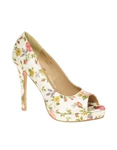 f1e6a96ac834a5 pretty as a garden with pink toe nails too! Floral Heels