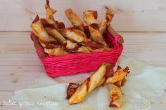 JULIA Y SUS RECETAS: TIRABUZONES DE HOJALDRE CON JAMÓN SERRANO Snack Recipes, Snacks, Tapas, Chips, Ideas Para, Food Ideas, Blog, Salads, Gourmet