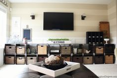 Industrial Family Room Makeover with DIY Pallet Media Center! Diy Pallet Projects, Cool Diy Projects, Home Projects, Pallet Art, Pallet Ideas, Pallet Wood, Pallet Boxes, Layout Design, Pallet Storage