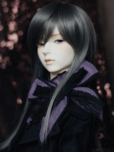Now THIS is a vampire doll!