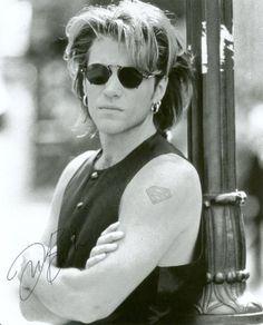 Jon Bon Jovi in Keep the Faith video, maybe down one of the back alleys! Jon Bon Jovi, Hard Rock, Bon Jovi Always, Round Metal Sunglasses, Jesse James, Keep The Faith, Great Love, Beautiful People, Beautiful Men